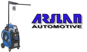 Arslan Automotive Canada a récemment présenté son nouveau produit, le bras SHARK A7 pour le soudeur par points I-Plus Blueweld SMART.